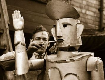 Robert the Smoking Robot